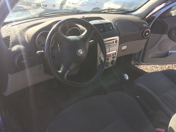 Alfa Romeo 147 1.6 161KLM año 2005