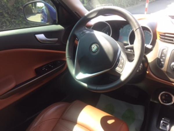 Alfa Romeo Giulietta TCT 1.4 . año 2016