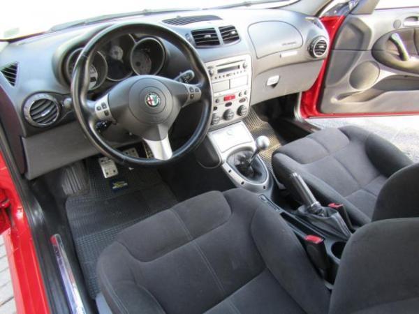 Alfa Romeo GT 2.0 Mecánico 5 veloc. año 2007