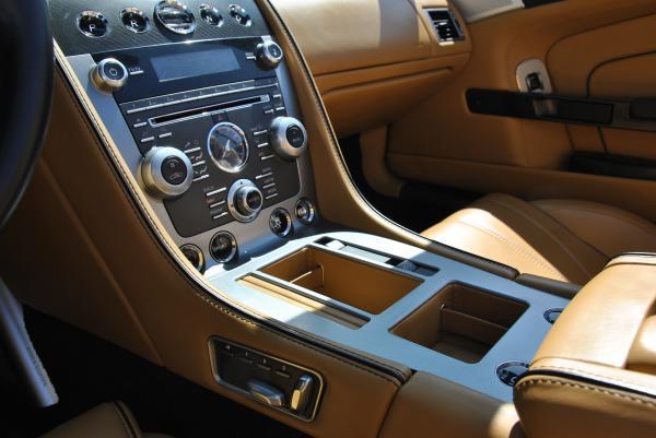 Aston Martin DB9 VOLANTE CONVERTIBLE año 2014