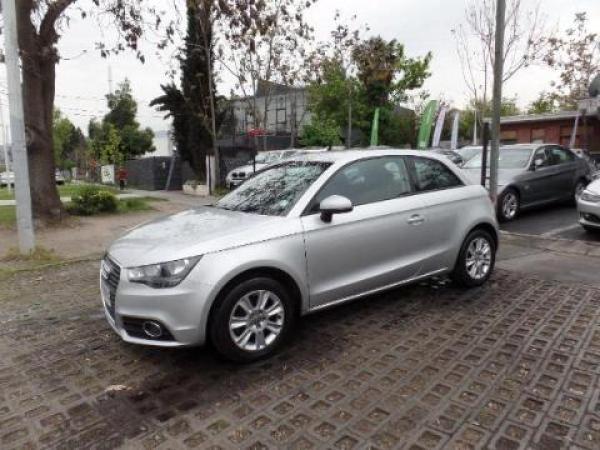 Audi A1  año 2012