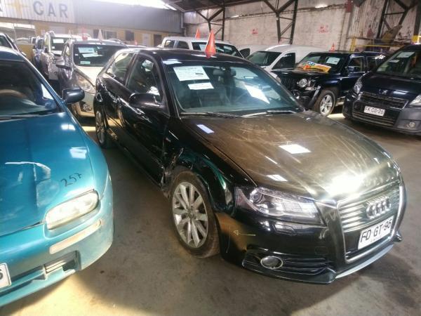 Audi A3 CHOCADOPOQUISIMO año 2013