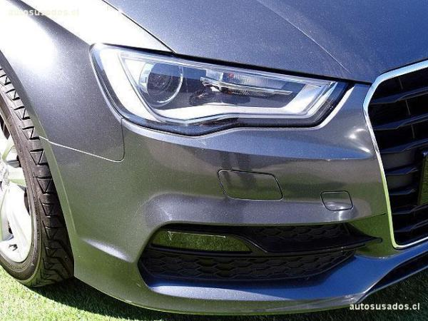Audi A3 TURBO año 2014