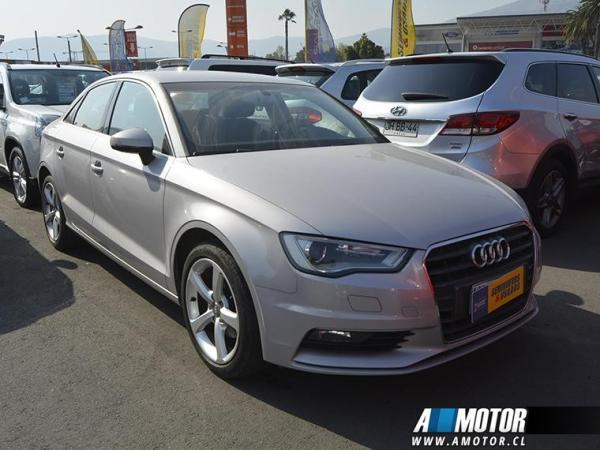 Audi A3 A3 Attraction Tfsi 1.4 año 2015