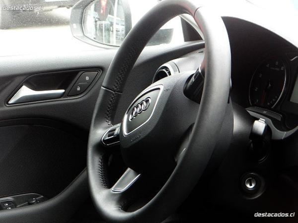 Audi A3 FSI año 2015