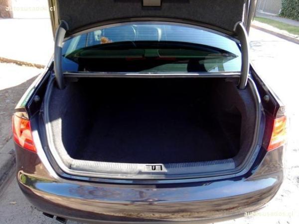 Audi A4 Turbo 1.8 año 2011