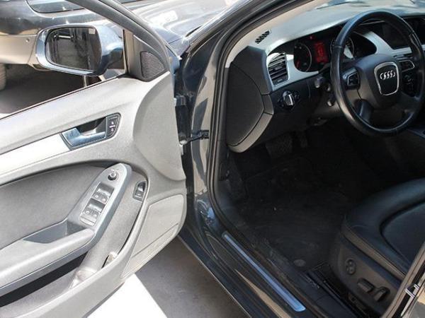 Audi A4 1,8T MULTITRONIC año 2011