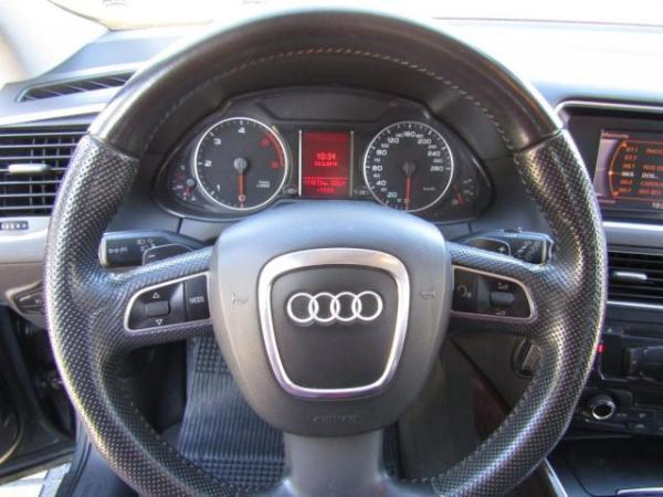 Audi Q5 3.0 TDI STRONIC QUATTRO año 2011