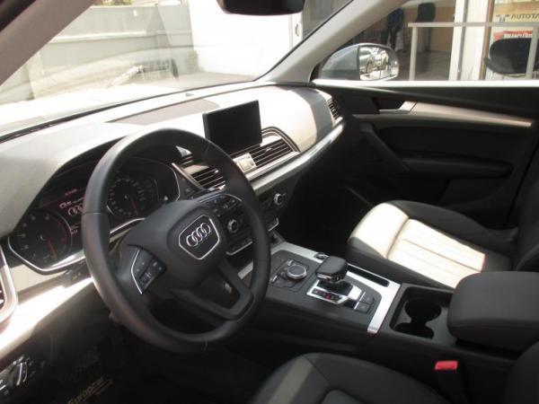 Audi Q5 TFSI QUATTRO año 2020