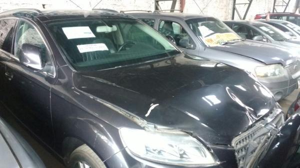 Audi Q7 CHOCADA POQUISIMO año 2007