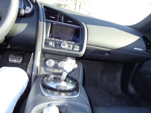 Audi R8 SPYDER FSI Q 4.2 año 2014