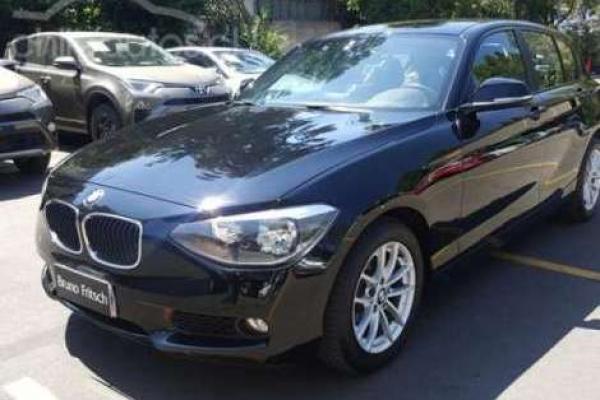 BMW 114i BUSINESS 1.6 año 2013
