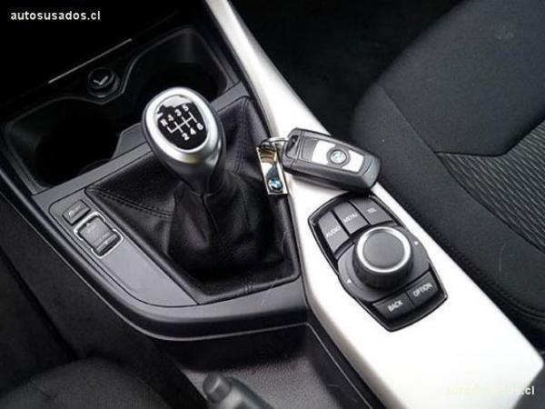 BMW 116 BUSINESS 1.6 año 2013