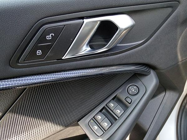 BMW 118 D Hatch Dynamic año 2020
