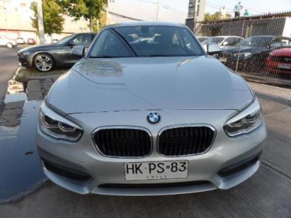 BMW 120  año 2016
