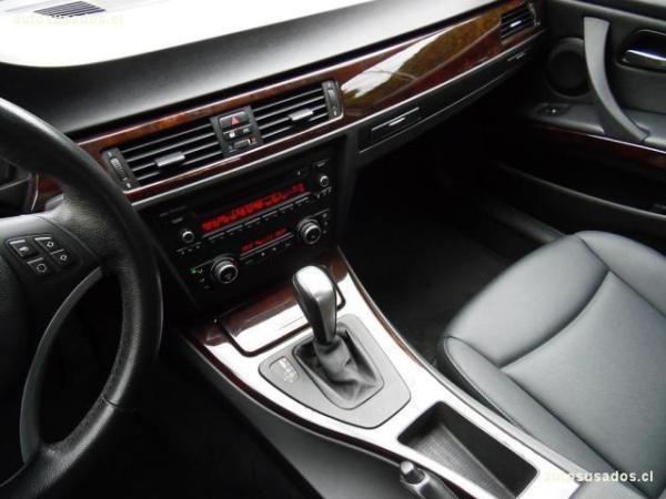 BMW 318 IA 2.0 año 2011