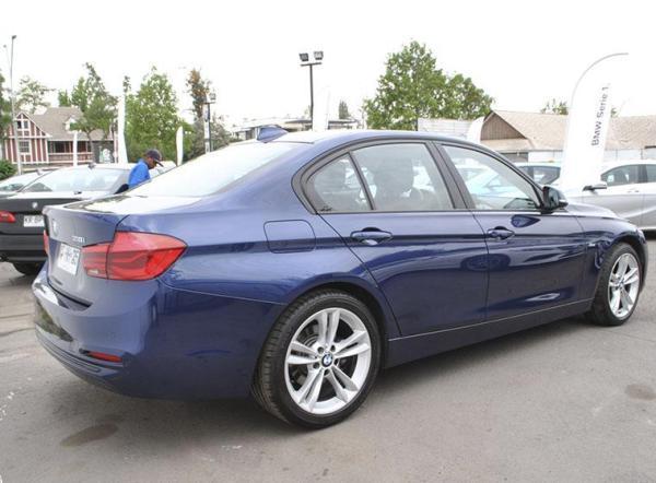 BMW 318 SPORT LCI año 2018