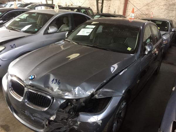 BMW 318i CHOCADOPOQUISIMO año 2010