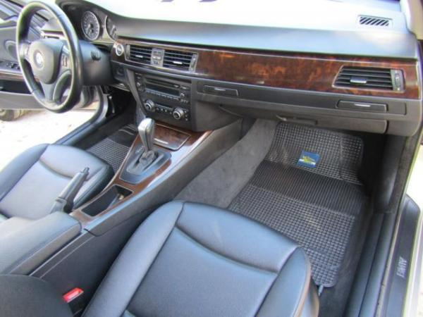 BMW 320 , , airbags, abs año 2010