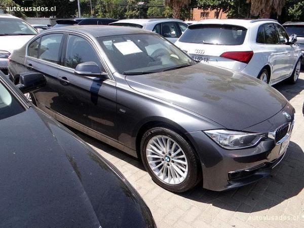 BMW 320 TURBO año 2012