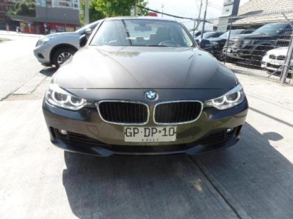 BMW 320  año 2014
