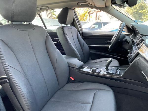 BMW 320D 2.0 año 2016