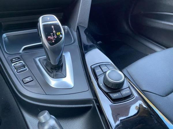 BMW 320I 2.0 AT TURBO año 2016