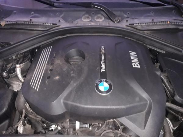 BMW 320I Limousine 2.0 año 2017