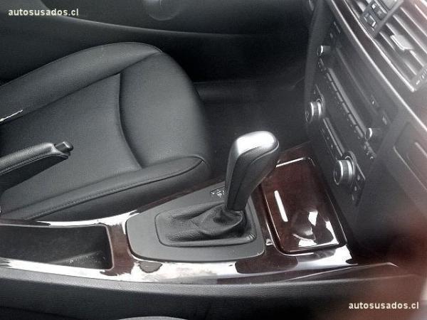 BMW 325  año 2011