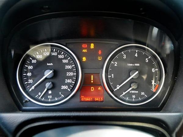 BMW 325  año 2012