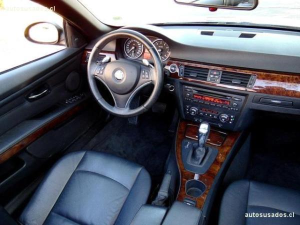 BMW 330 IA Cabrio 3.0 año 2010