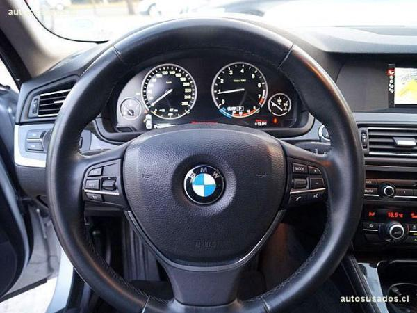 BMW 520 520 EXECUTIVE año 2013