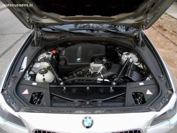 BMW 528 I Luxury LCI 2.0 año 2016