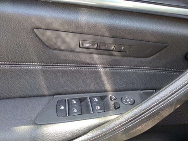 BMW 530 LUXURY 2.0 AT TURBO año 2019