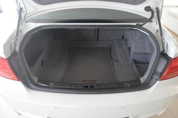 BMW M-3 V8 SMG año 2011