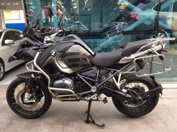 BMW R1200GS ADVENTURE TRIPLE BLACK año 2017