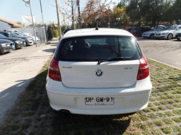BMW Serie 1  año 2012