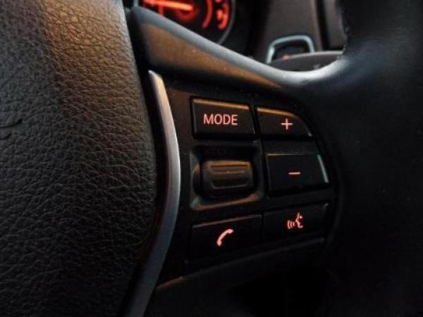BMW Serie 1  año 2015