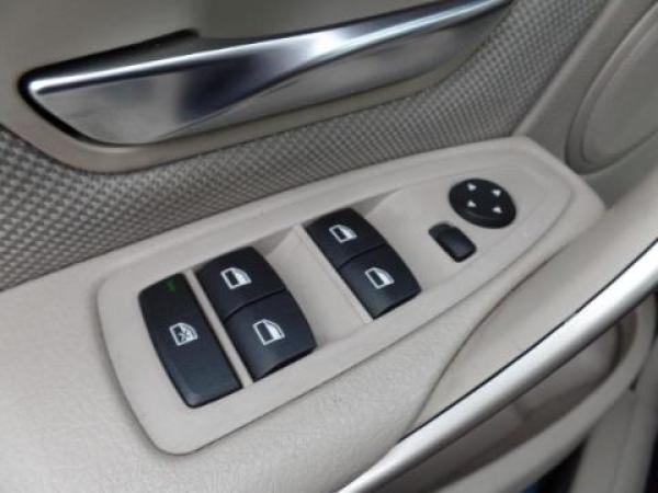 BMW Serie 3  año 2013