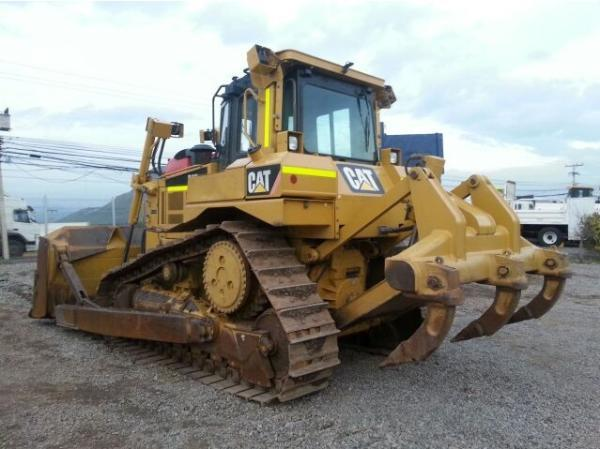 Caterpillar D6T Bulldozer año 2012