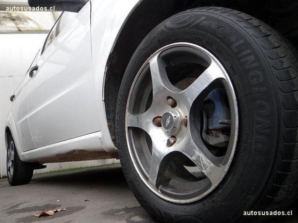 Chevrolet Aveo SEDAN LT AC año 2010