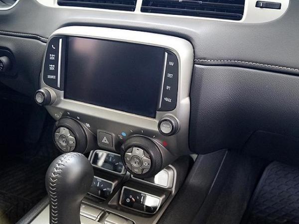 Chevrolet Camaro III 6.2 AT año 2015