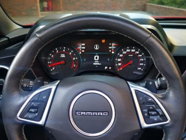 Chevrolet Camaro CAMARO SIX 6.2 SS AT año 2018