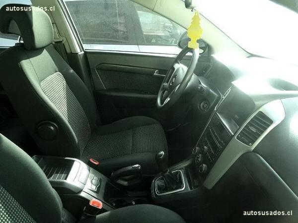 Chevrolet Captiva LS año 2010