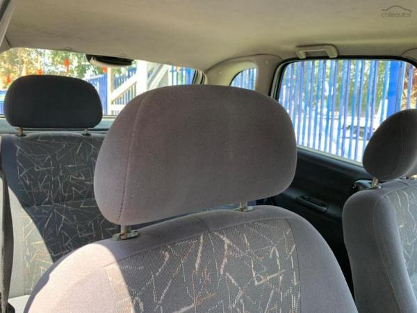 Chevrolet Corsa 1.6 año 2003