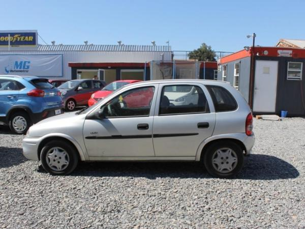 Chevrolet Corsa SWING 1.6 año 2005