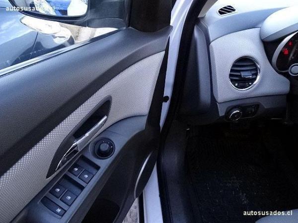 Chevrolet Cruze NB LS 1.8 año 2010
