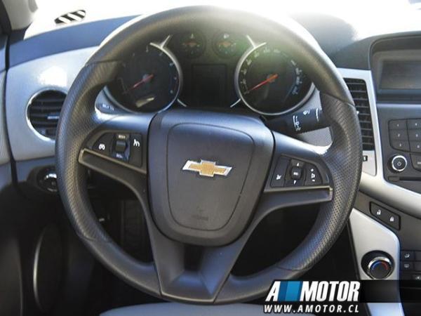 Chevrolet Cruze ls año 2012