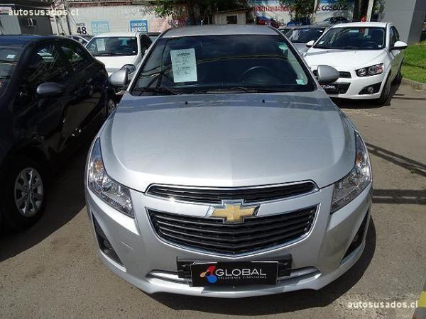 Chevrolet Cruze II HB LS año 2013