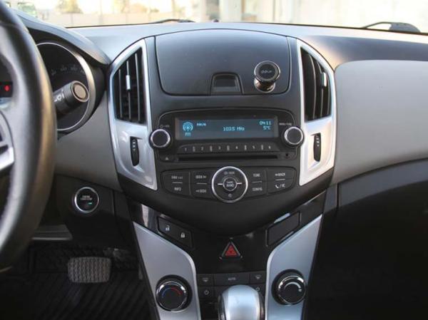 Chevrolet Cruze II LS 1.8 AT año 2013